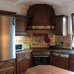 Modern ausgestatte Küche